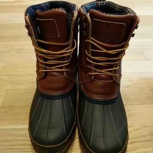 fbbdf364907 Brooks Brothers Shoes - Brooks Brothers duck boots
